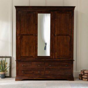 Lemari Pakaian 3 Pintu Klasik